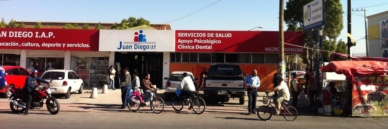Parte de la fachada del Centro Comunitario Juan Diego en Valle de Chalco en el Estado de México